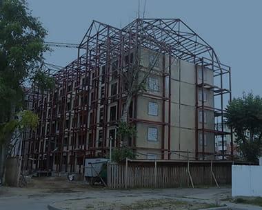 Реконструкция дейстующих и аварийных зданий
